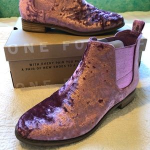 Toms Ella Boots Faded Rose Velvet
